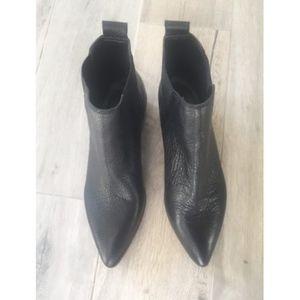 b33281710bc Treasure   Bond Shoes - TREASURE   BOND Easton Chelsea Bootie- Black